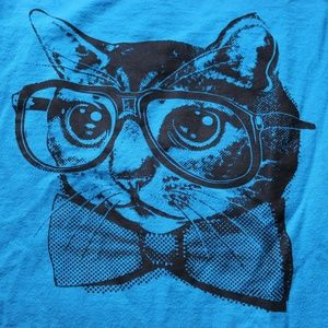 Nerdy Cat blue t-shirt!!